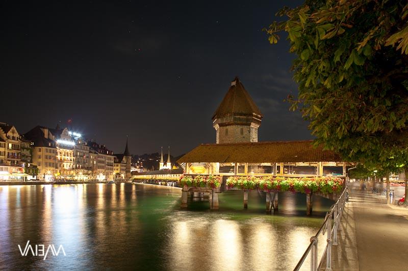 Chapel Bridge Lucerne 02